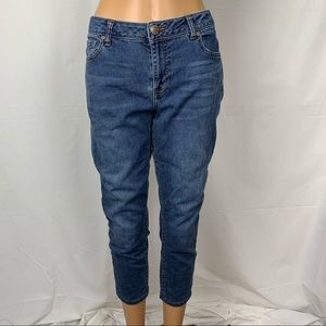 CAbi 5086 New Crop Jeans Cropped Medium Wash 30""
